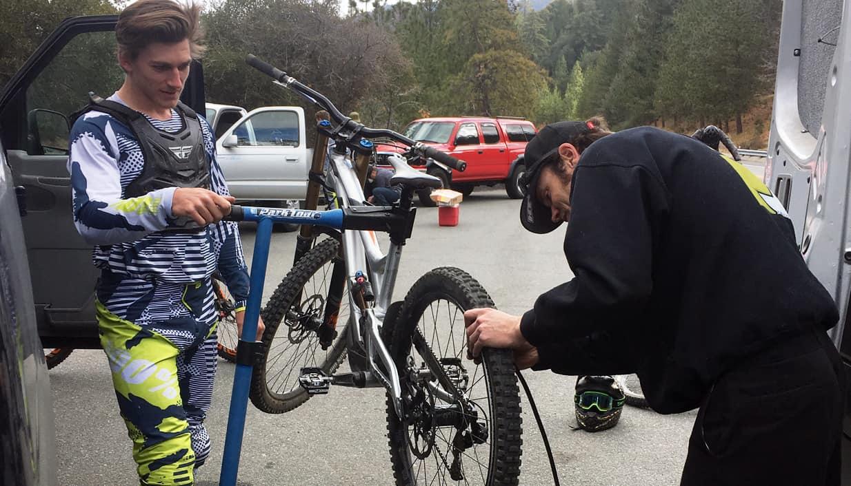Bruce Klein and Joe Binatena discuss tire setup and pressures.