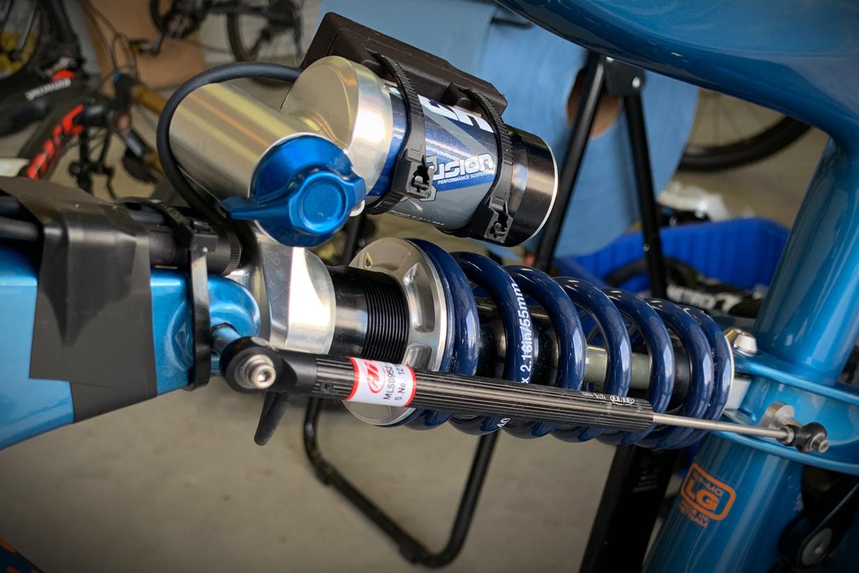 Motion Instruments MotionIQ Custom Rear Shock Mount Ibis
