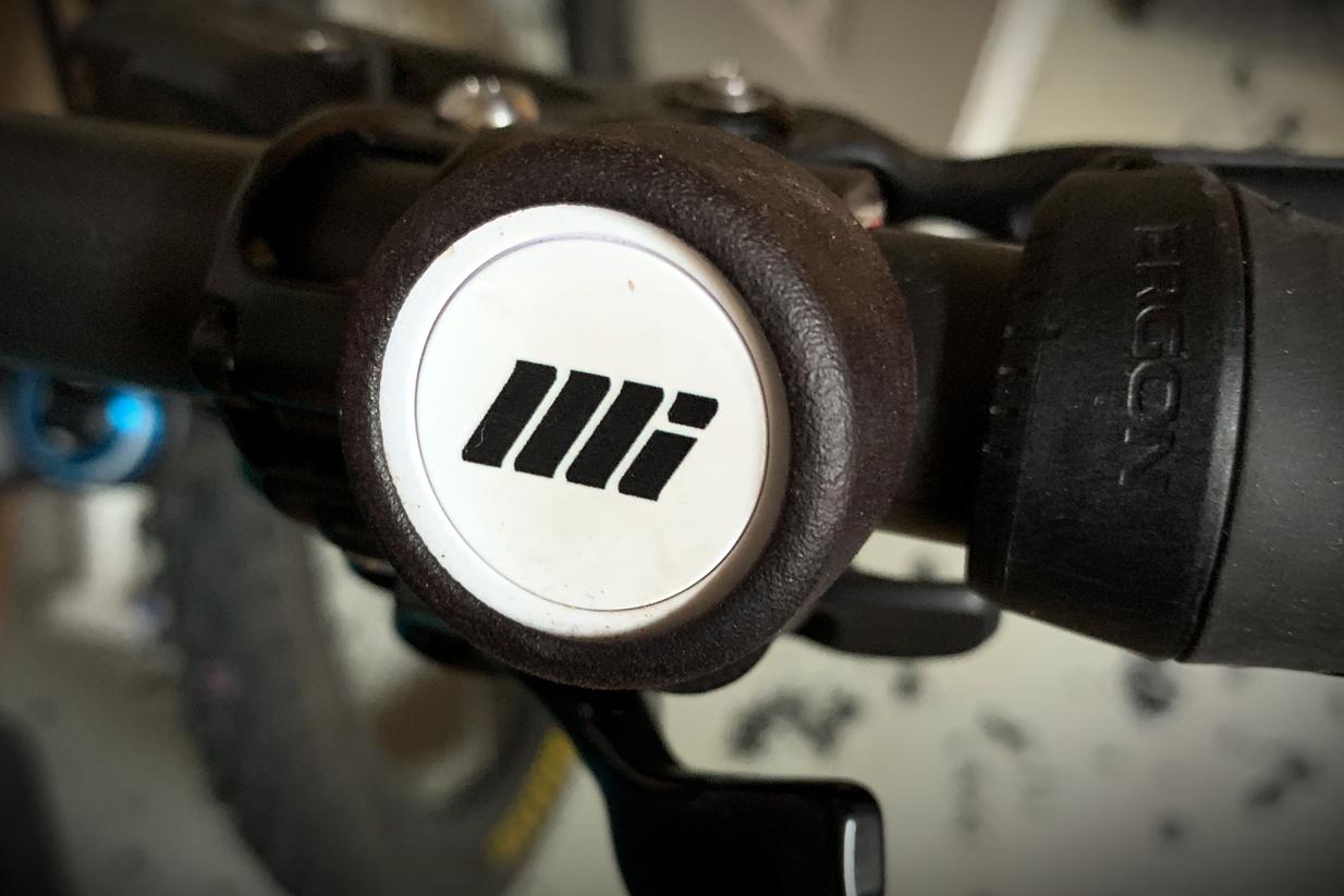Motion Instruments MotionIQ Handlebar Button