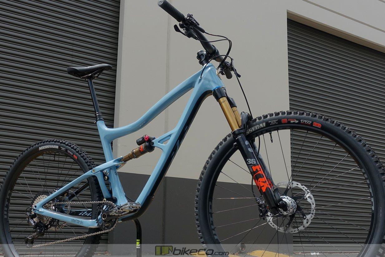 Ibis Ripley Custom build in Blue Steel colorway