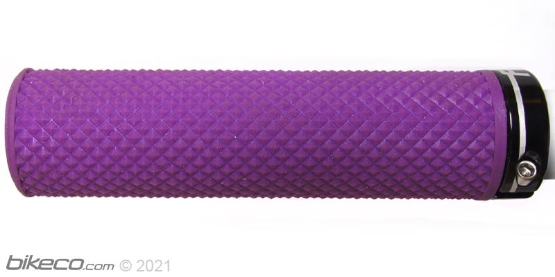 Deity Supracush Grips Pattern Detail
