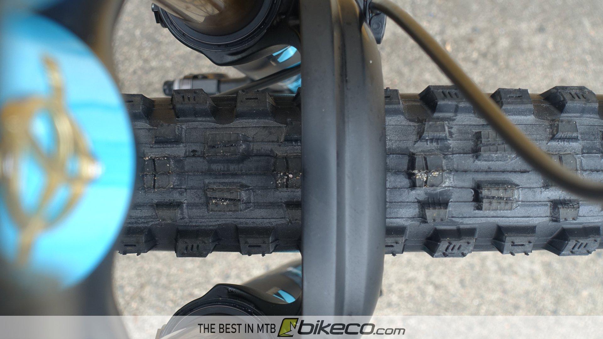 RideFast LocoMoto rim with tire mounted