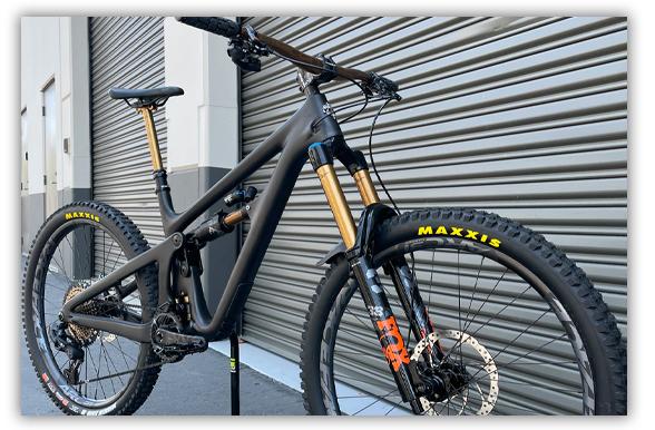 Yeti Custom build by BikeCo.com
